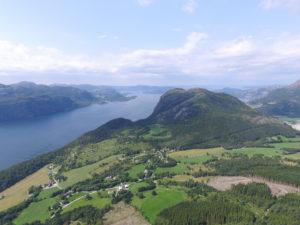 Rossavik og Uburen sett fra Husafjellet